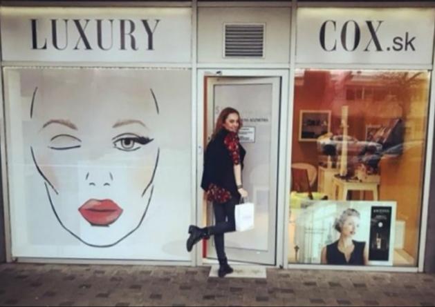 luxurycox otvaracie hodiny showroom