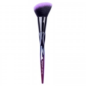brushworks-hd-angled-contour-brush