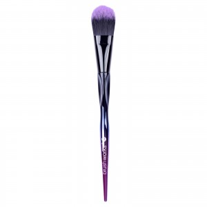 brushworks-hd-foundation-brush