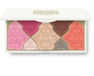 eyeshadow-palette-total-allure